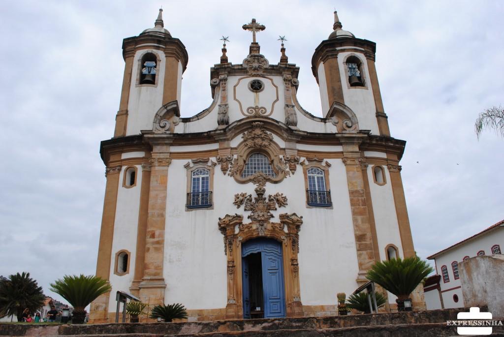 Expressinha Ouro Preto Igreja do Carmo