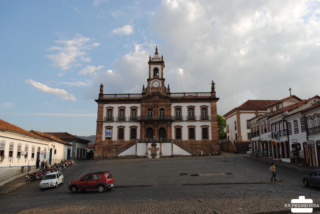 Expressinha Ouro Preto Praça Tiradentes