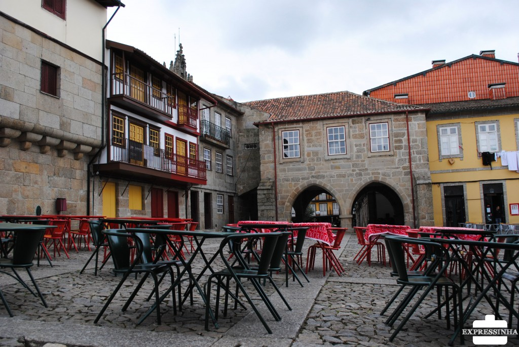 Portugal Guimarães Praça de Santiago