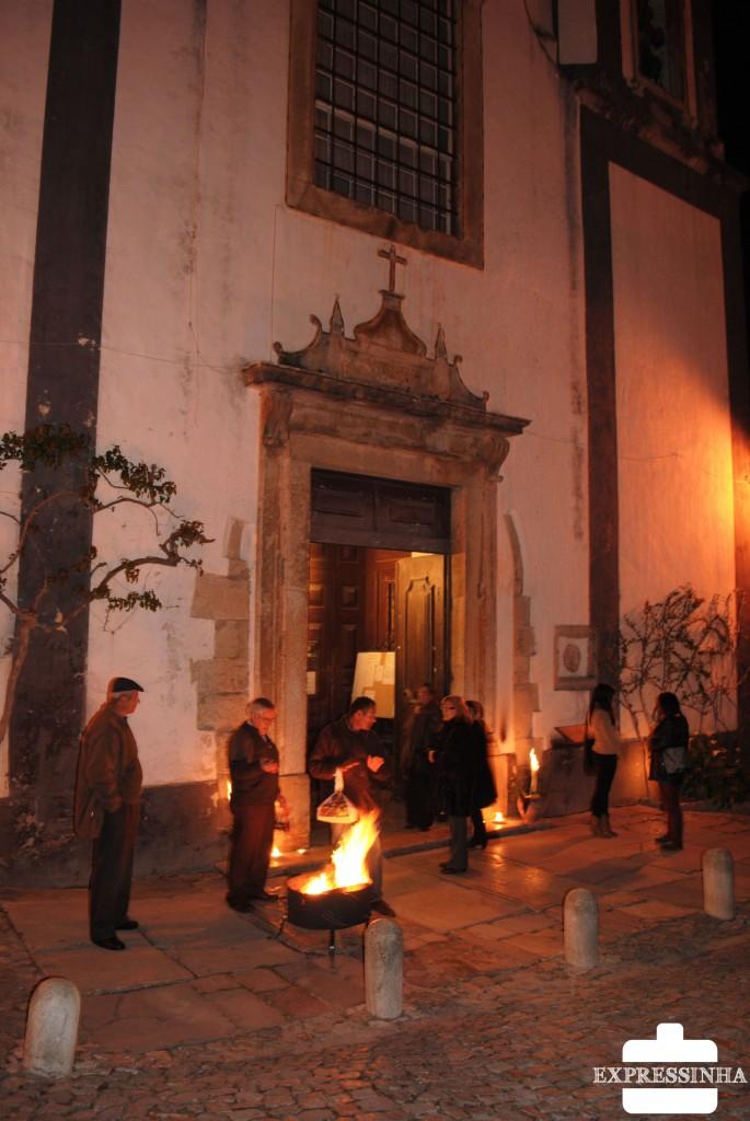 Portugal Óbidos Missa Páscoa