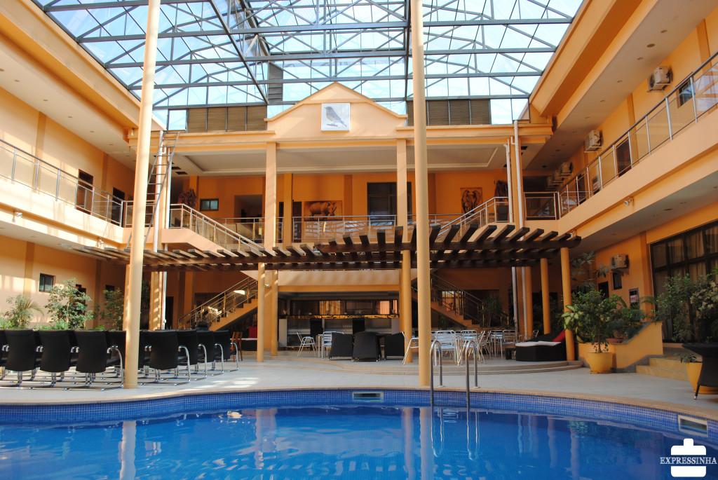 A área comum do Hotel Celeste.