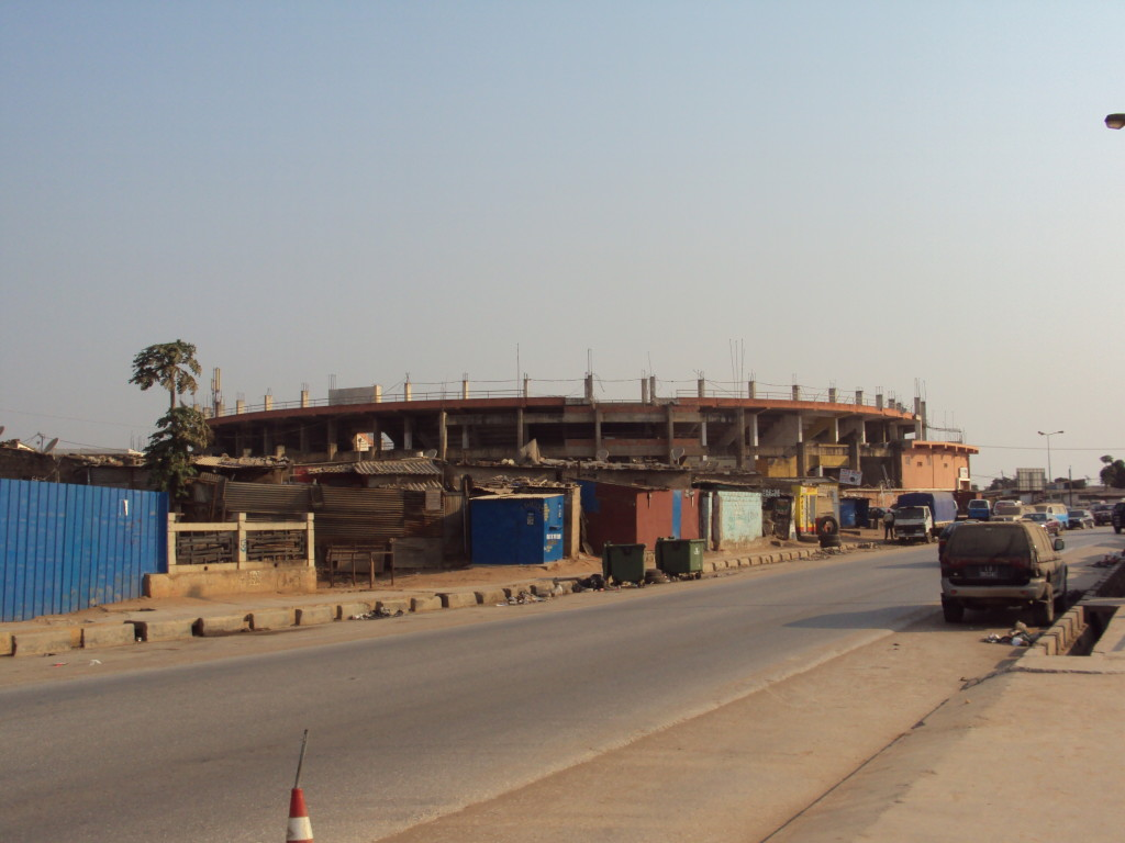 Expressinha Angola Luanda Tourada