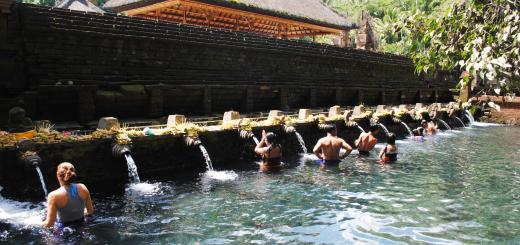 Indonesia Bali Ubud Tirta Empul