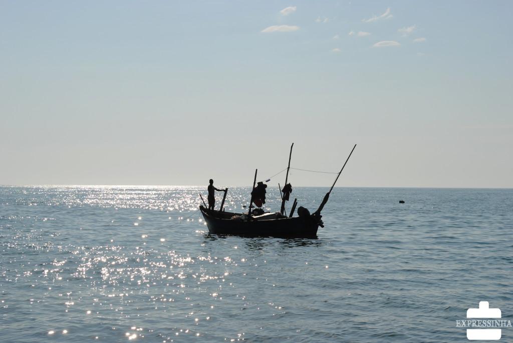 LACEY: Angolana Chamada Fofa Na Ilha